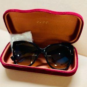GUCCI Women's Sunglasses Style# GG0459S EUC